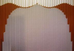 Jaluzele verticale multifacturi